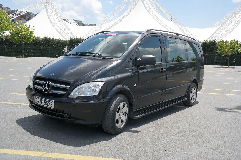 vito-mercedes-04-1 Benz Vito with Guide-Driver