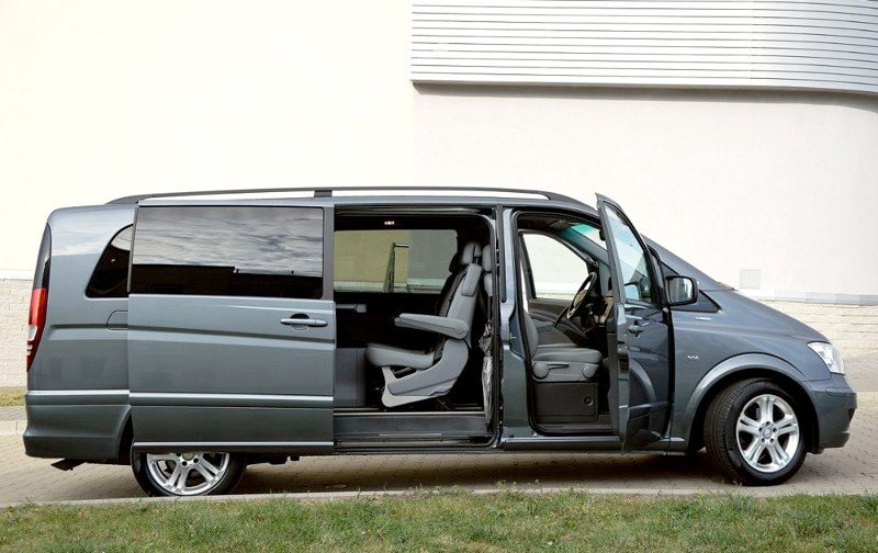 Viano-standart-8rental Mercedes Vito 6 seats