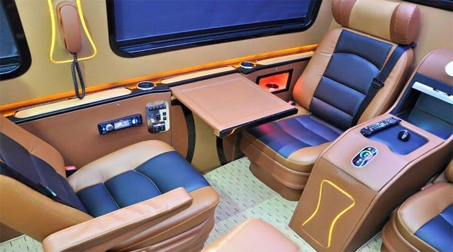 realprivatetours-Luxury-spr Benz Sprinter 12 seats